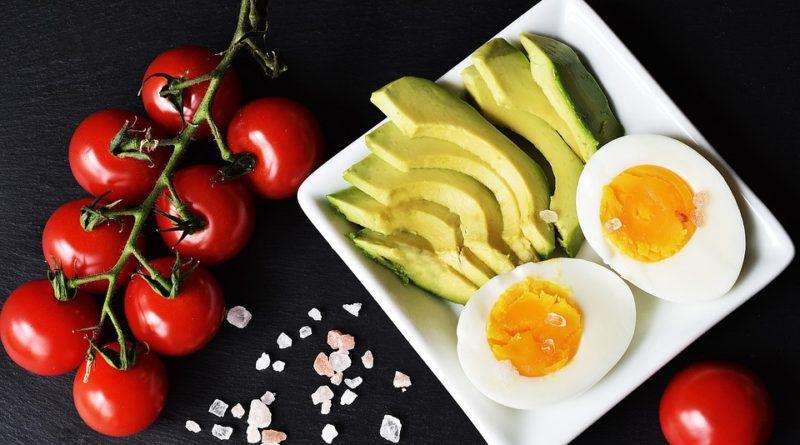Seznamte se s keto dietou, populární dietou současnosti